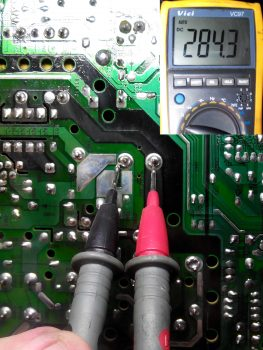 Напряжение на сетевом конденсаторе