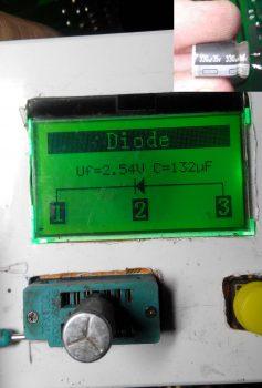 Замеры конденсатора 330мкф на 25в.