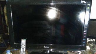 Saturn TV LCD32T